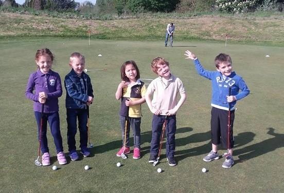 une_anniversaire golf_dailybuc