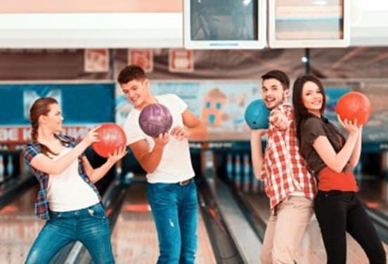 une_anniversaire bowling ado_strikyjoinville