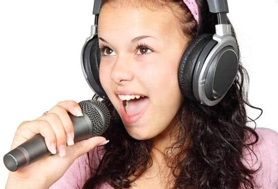 une_enregistrement de chanson_eema