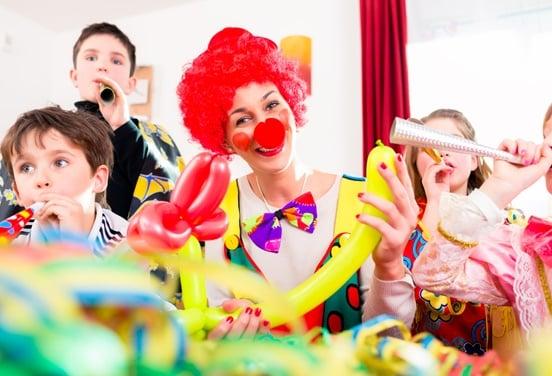 une_anniversaire clown_orange outan