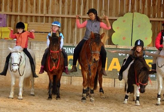 une_anniversaire equitation3_fermedeby