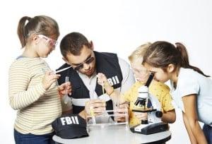 une_anniversaire police scientifique2_njoy