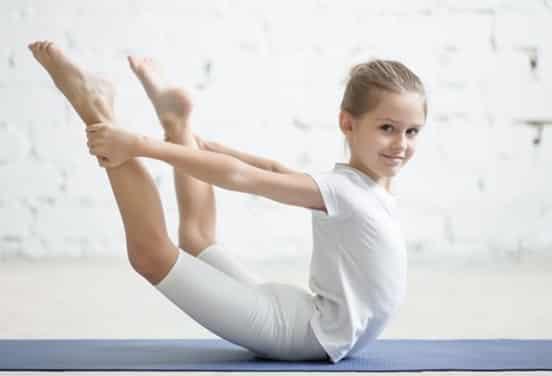 une_anniversaire yoga3_bromance