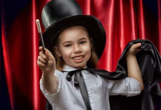 une_anniversaire magicien_awonderevent