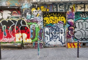une_anniversaire street art2_myurban