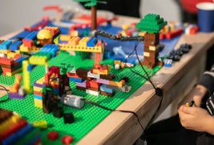 une_atelier lego2_lesingeniaux