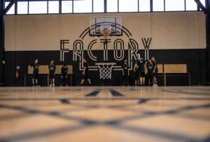 une_stageok basket_hoops